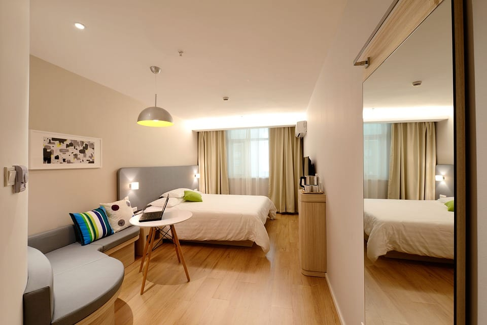 7 star hotel in delhi