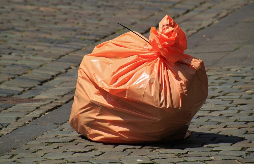 advantages of using plastic bags made of polythene