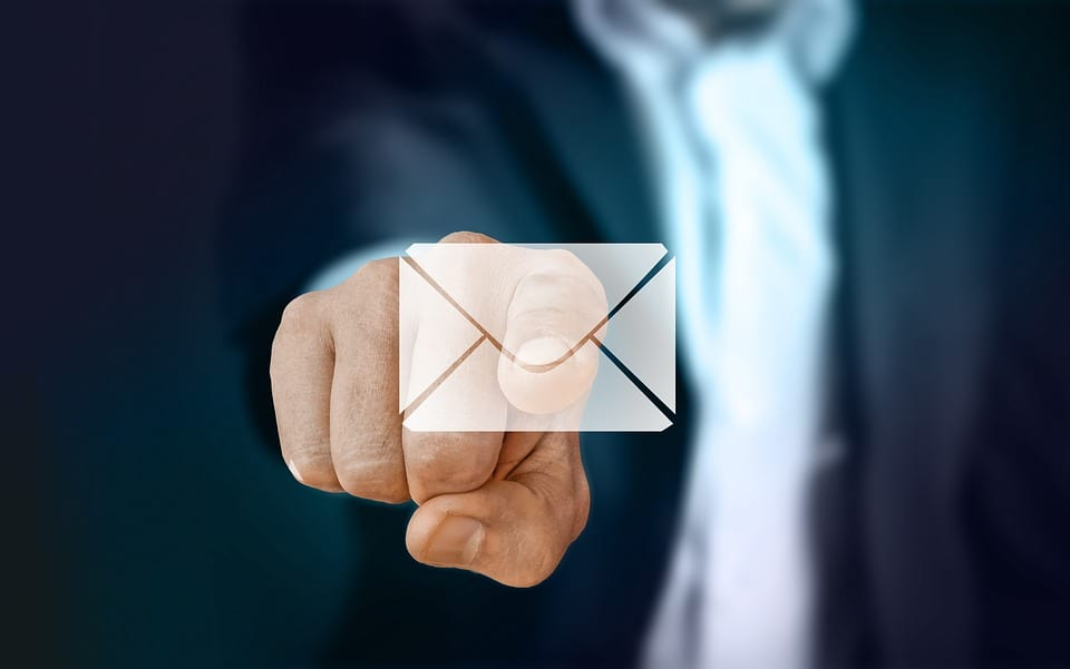 benefits of using email
