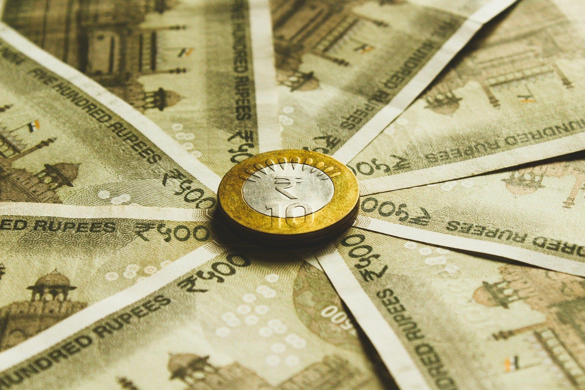 HDFC Bank Savings Account Interest Rates & Minimum Balance