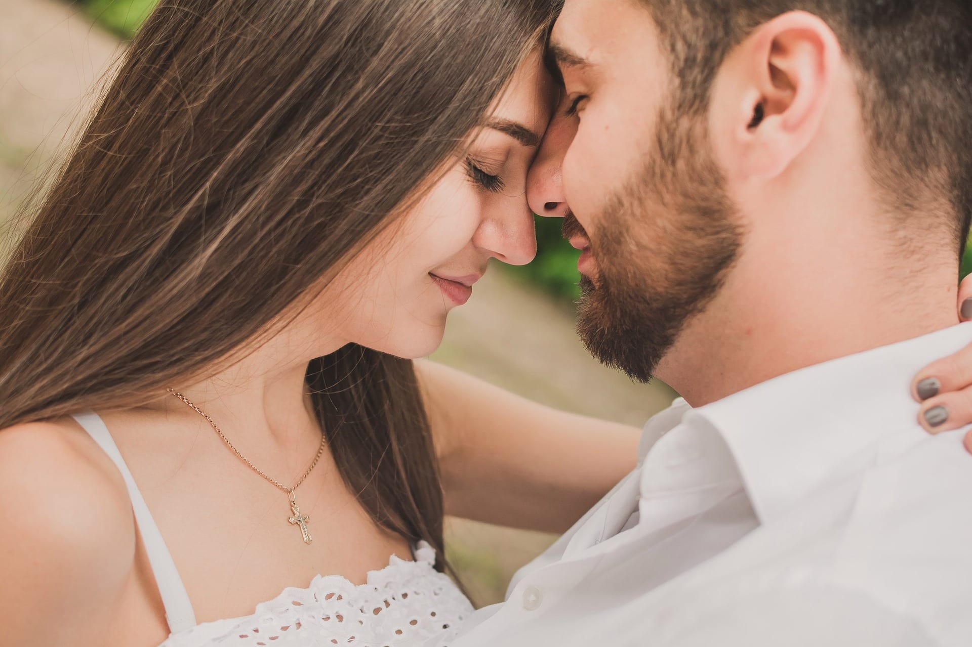 Best ways to make your wife happy everyday