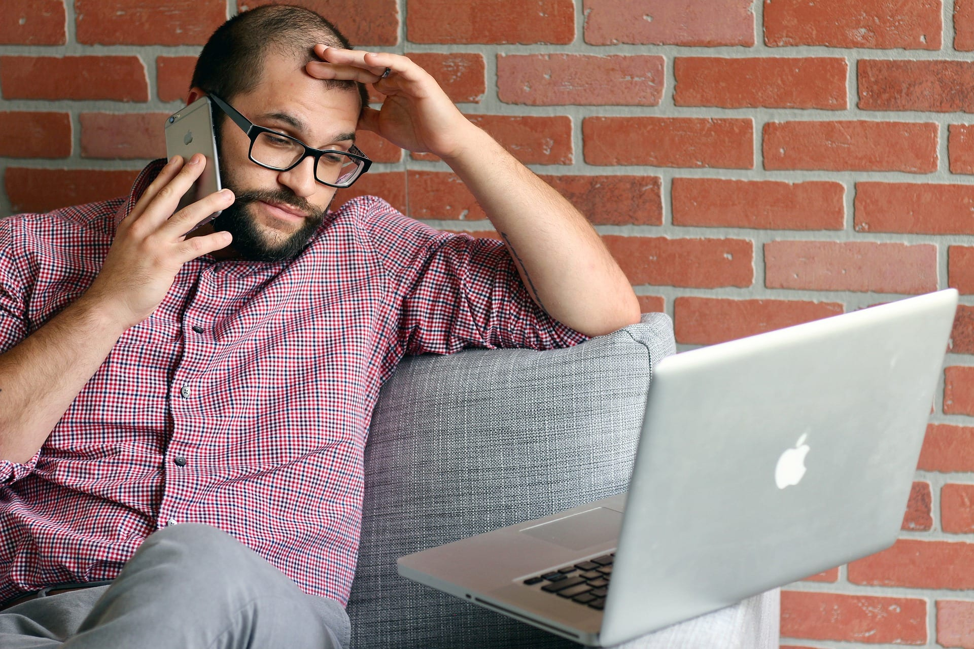 How to overcome boredom at work