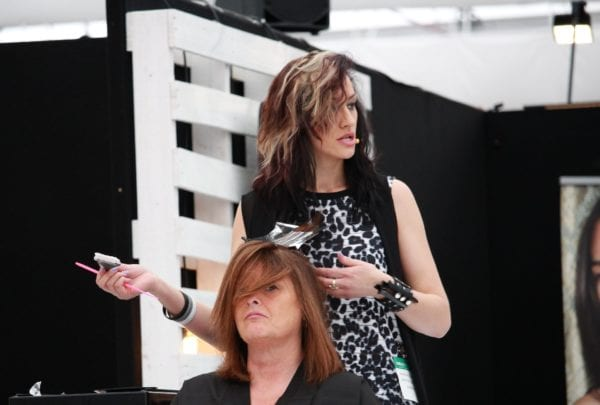 Advantages and Disadvantages of being a Hair Stylist