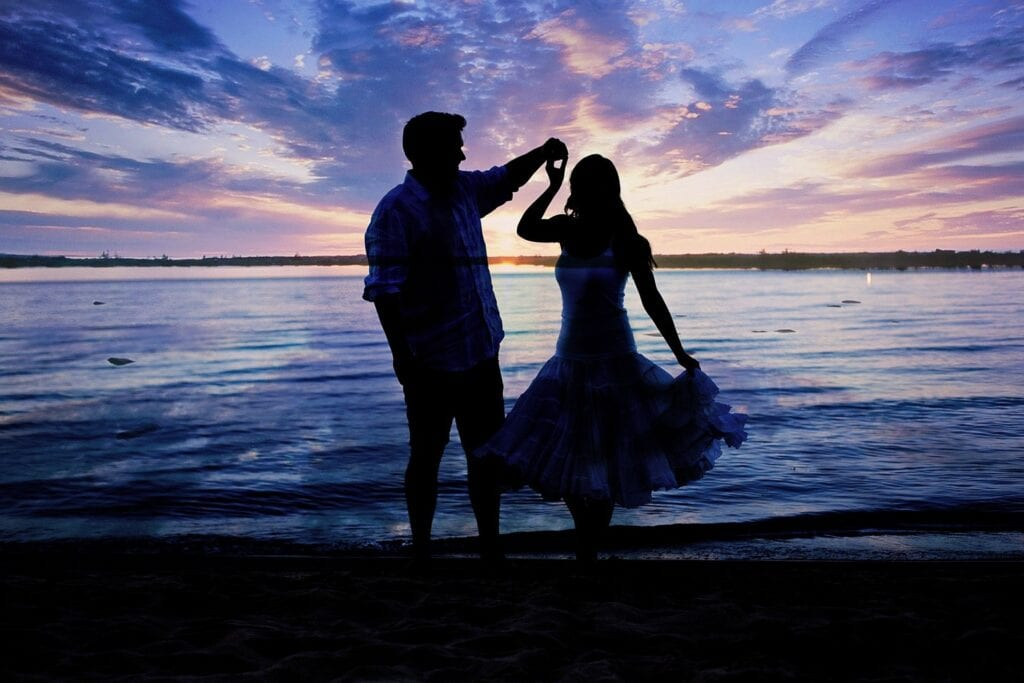 Dance with her on a romantic song