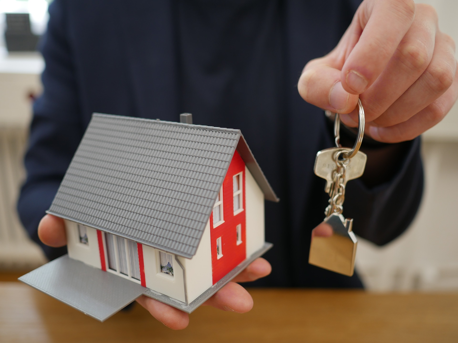 Advantages And Disadvantages Of Renting A House