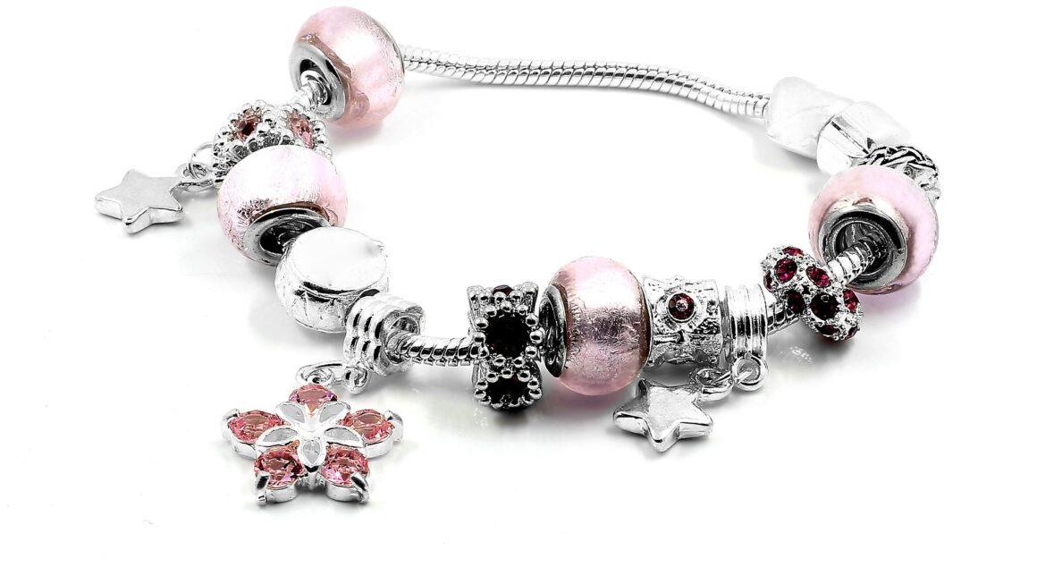 Advantages And Disadvantages Of Wearing A Bracelet