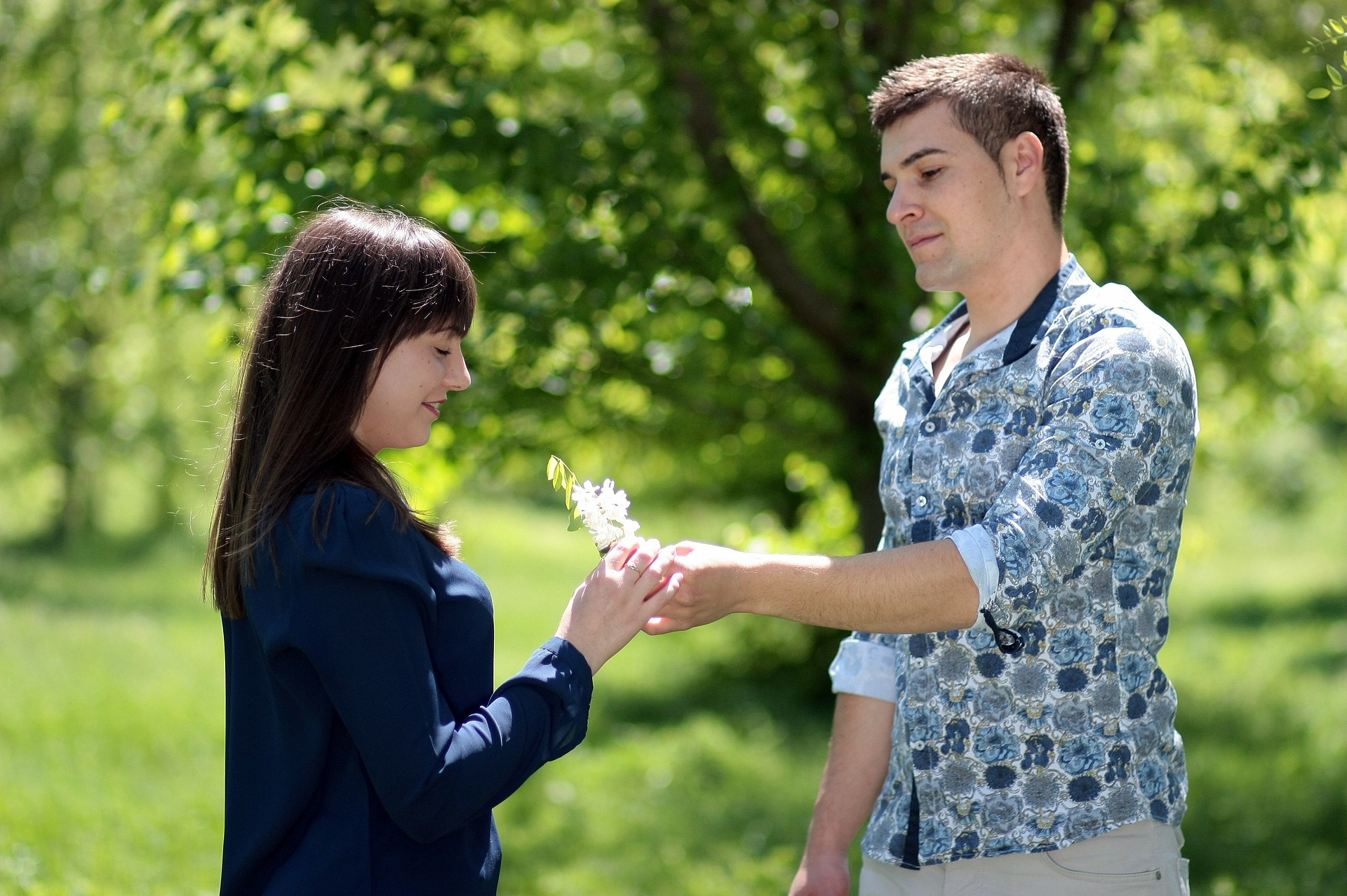 How To Impress A Girl In The First Meeting For Marriage? 2021
